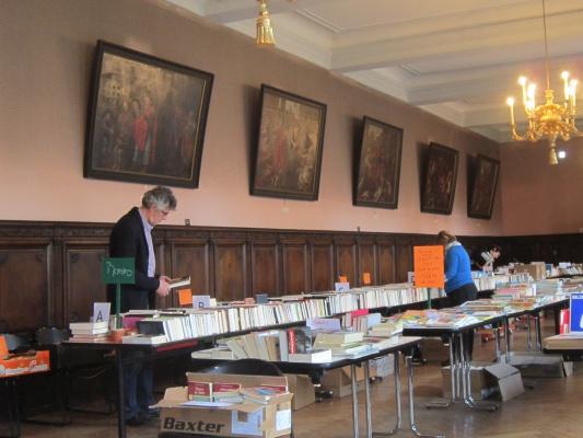Vente de livres de la Bibliothèque de l\'Hôpital